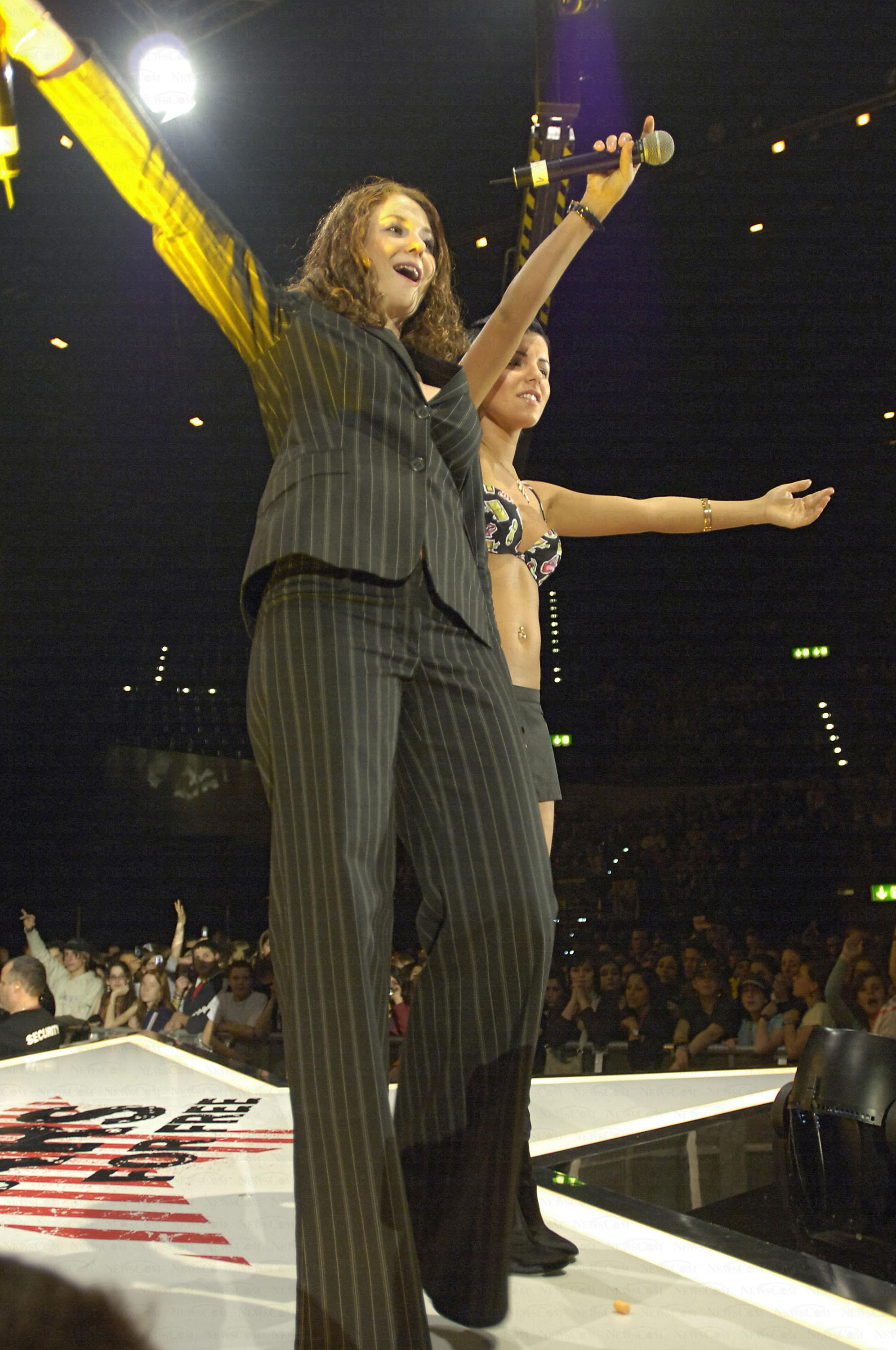 Tatu Perform at Energy Stars For Free 2005 21.12.2005