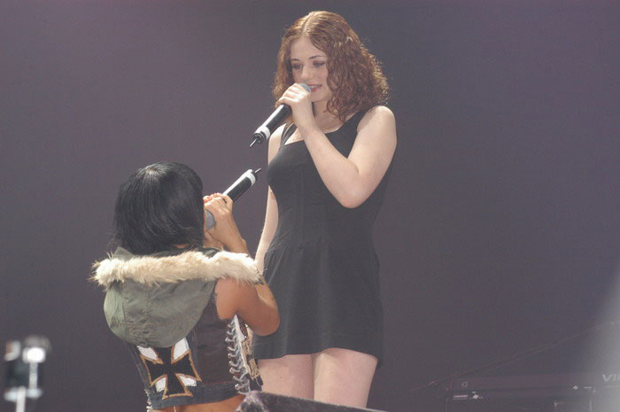 Tatu Perform in St. Petersburg 28.04.2006